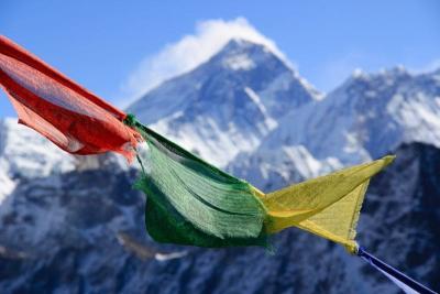 Najwyższe szczyty kontynentów – dowiedz się więcej o Koronie Świata!