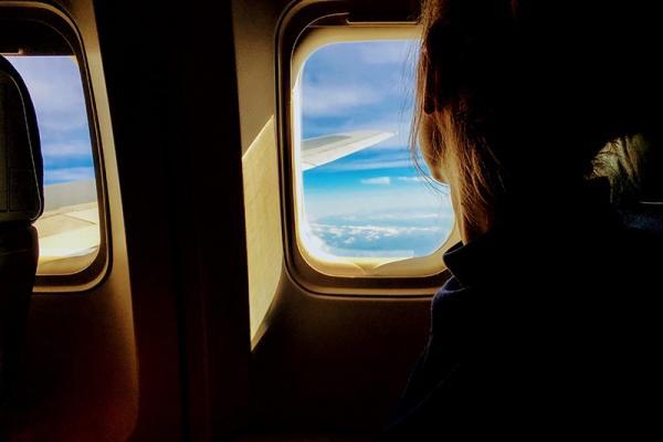 Porady dla podróżujących: jak się ubrać do samolotu?