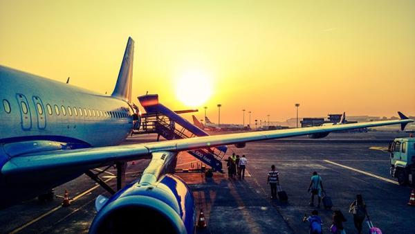Pierwszy lot samolotem - jak się do niego przygotować?