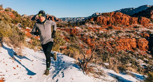 Czapka do biegania – jak wybrać odpowiednie nakrycie głowy do biegania latem i zimą?