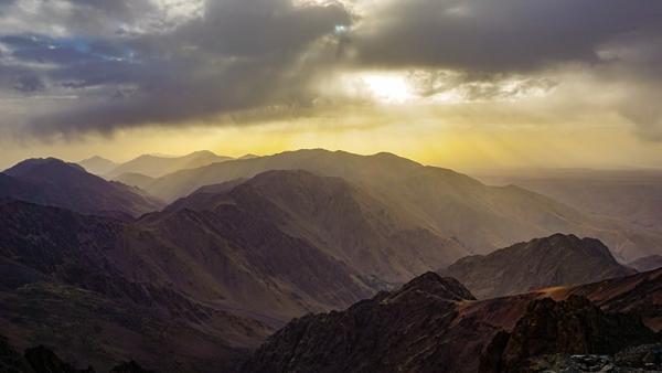 Tubkal: najwyższy szczyt Maroka i gór Atlas. Czego spodziewać się po tym czterotysięczniku?
