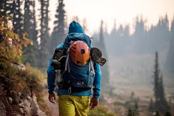 Jak wybrać plecak turystyczny, aby wędrówka była przyjemnością, a nie udręką?