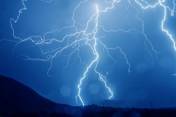 Burza w górach: zasady, których powinieneś przestrzegać!