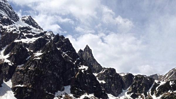 Mnich (Tatry): szlak czy drogi wspinaczkowe, czyli co warto wiedzieć o wejściu na Mnicha