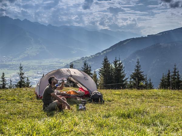 Gdzie pod namiot w Polsce? Oto miejsca, które powinien odwiedzić każdy miłośnik spania pod gołym niebem!