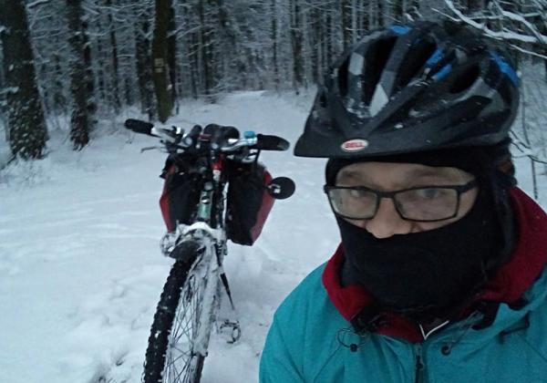 Zima na rowerze, czyli ani deszcz, ani śnieg, ani mróz nie zatrzymają szalonego cyklisty ;)