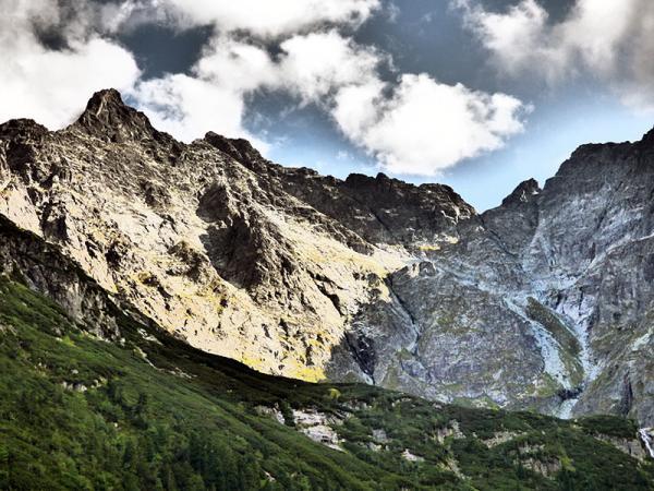 Najwyższa góra w Polsce: ciekawostki, informacje praktyczne i wszystko, co powinieneś wiedzieć o najwyższych szczytach w Polsce
