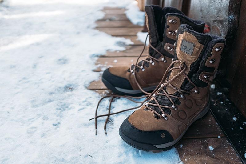 buty trekkingowe w góry na zimę damskie