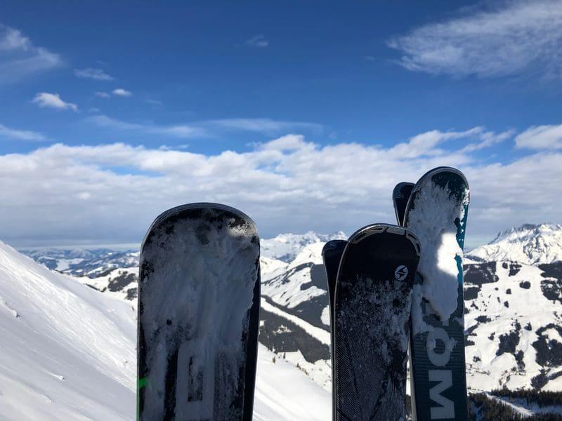narty i deski po alpejsku