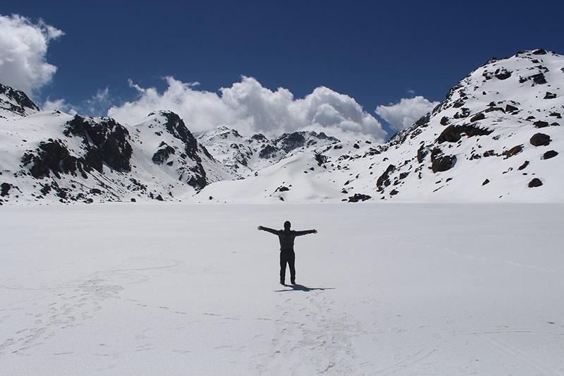zima w górach i trekking