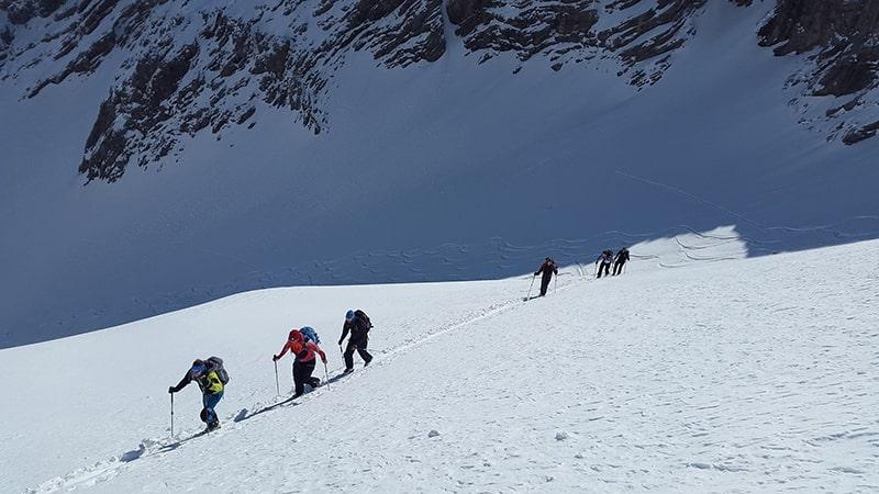 zimowa wędrówka w górach