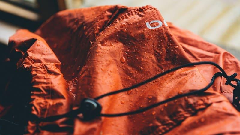 jak impregnować kurtki przeciwdeszczowe?