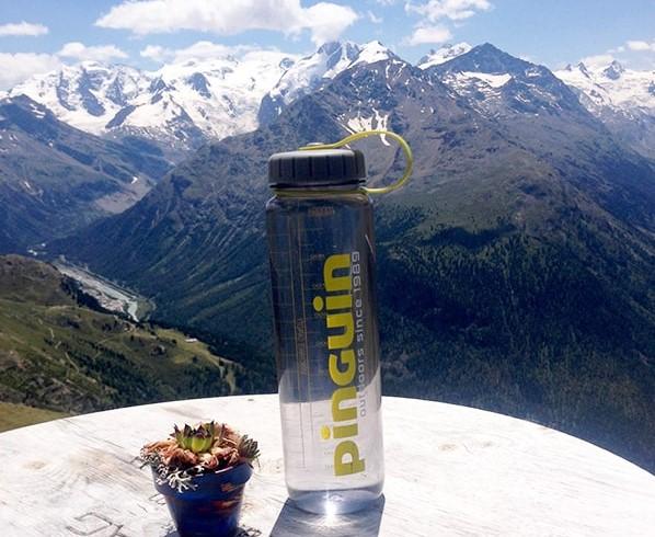 |Moja butelka na wodę Pinguin Tritan Bottle. Ze względu na szeroki wlew służy mi głównie do transportowania wody do gotowania na kuchence turystycznej.