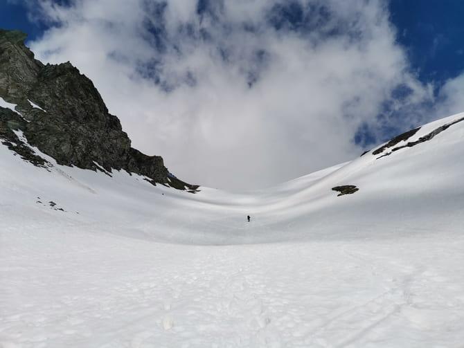 grossglockner opis trasy  Ostatnie strome podejście do miejsca, gdzie znajduje się schronisko Studhütte. Fot. Marta Baros.
