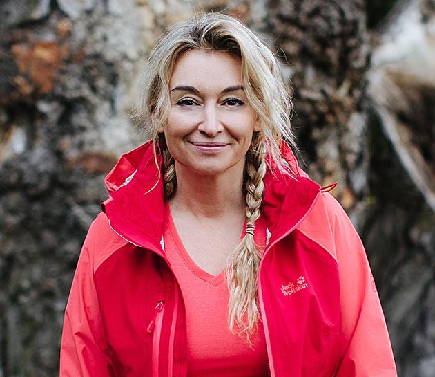 Martyna Wojciechowska w koszuli Jack Wolfskin